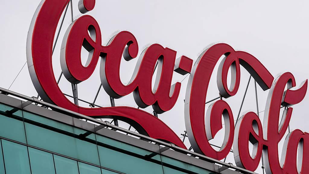 Die Corona-Krise belastet den US-Getränkeriesen Coca-Cola weiter stark. (Archiv)