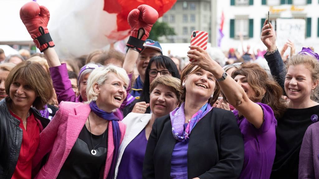 Gewerkschaften wollen mit «violetter Woche» Druck machen