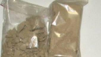 Tütchen mit Heroin (Symbolbild)
