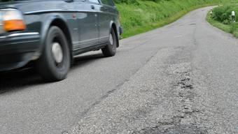 Bald eine Baustelle? Der Kanton plant, die Zeiherstrasse (K482) bis im Sommer 2018 zu sanieren und zu verbreitern.