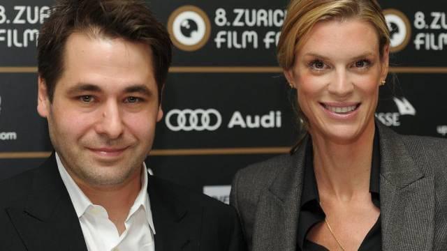 Die Festivalsdirektion: Karl Spoerri und Nadja Schildknecht