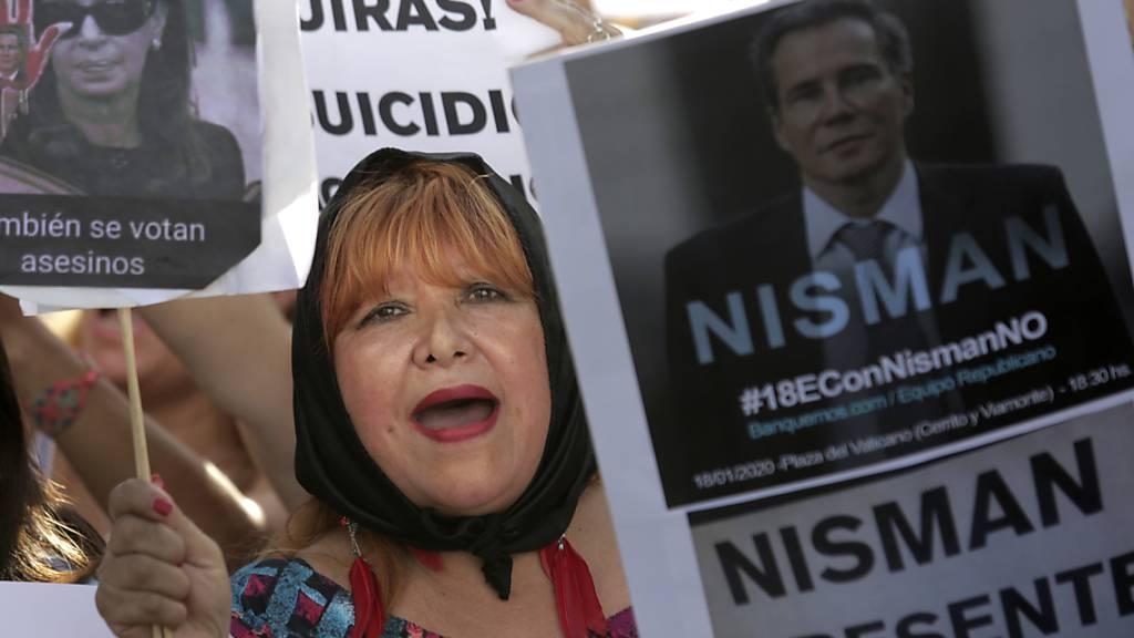 Argentinier gedenken des Terror-Ermittlers Nisman