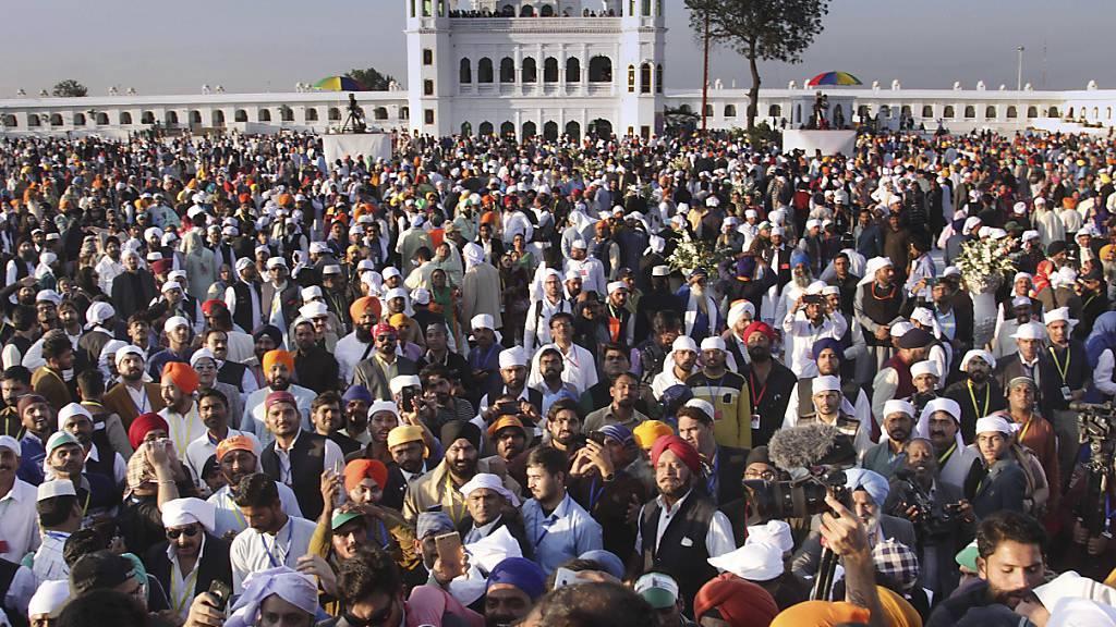 Pakistan und Indien eröffnen Grenzkorridor für Sikh-Pilger
