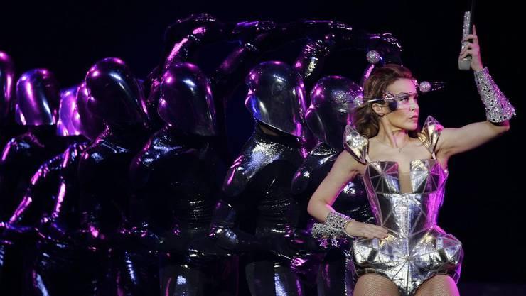 Kylie Minouge bei ihrem Auftritt in Oakland.
