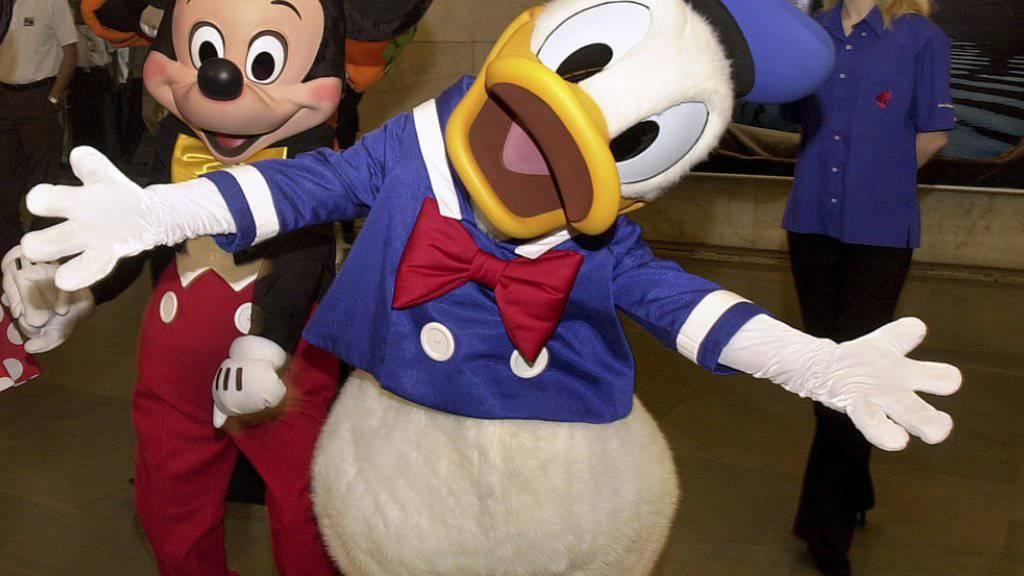 Donald Duck (vorn) ist auch ein Forschungsgebiet. Am Samstag tagten die Donaldisten in Köln (Archiv).