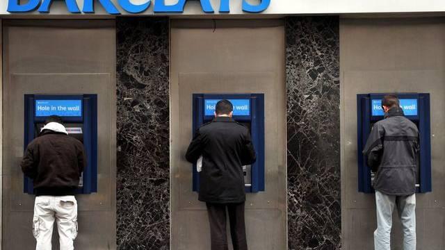 Die Top-Manager bei der britischen Bank Barclays verdienen laut der Untersuchung zu gut (Symolbild)