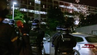 Die Polizei muss derzeit vermehrt in die Pariser Vororte ausrücken.