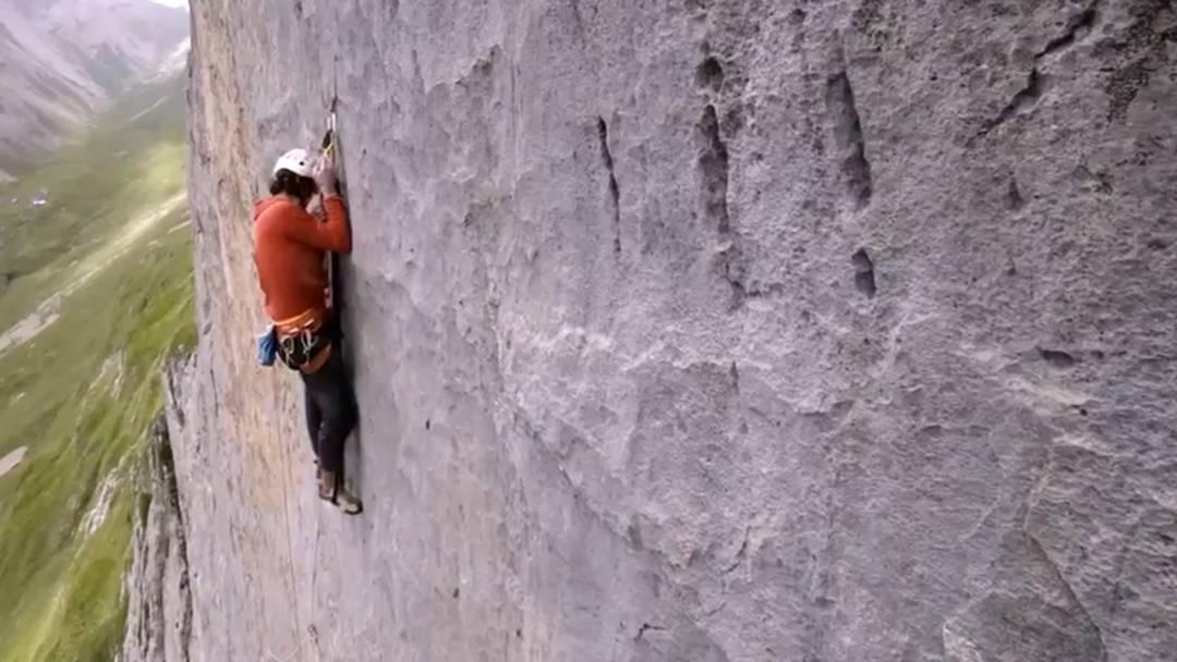 Profikletterer Michael Wohlleben will eine neue Kletterroute anlegen