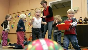 Ausserfamiliäre Kinderbetreuung: Der Kanton handelt so oder so. (Symbolbild)