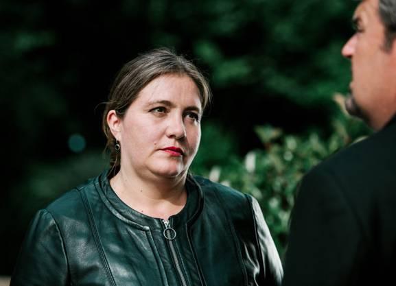 Misstrauische Wächterin: Bettina Stucky als Lea Lehmann und Mike Müller als Luc Konrad.