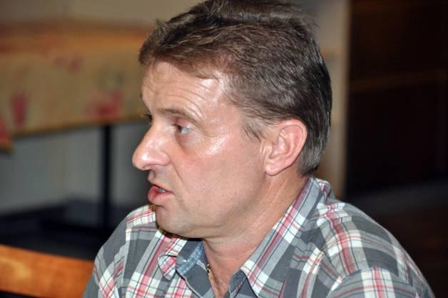 Der Präsident der SVP Meisterschwanden Ueli Haller, erörtert die Ziele für 2013