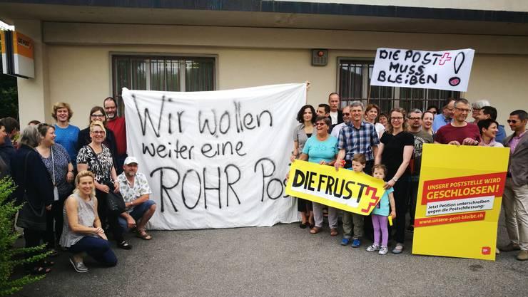 Protest gegen drohende Poststellen-Schliessung in Rohr.