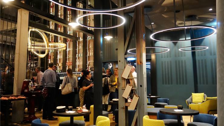 Muri, 11. November: Auf dem Luwa-Areal hat das Restaurant «Halle 5» eröffnet. Es versprüht einen urbanen Stil und soll ein gastronomisches Zentrum im Freiamt werden.