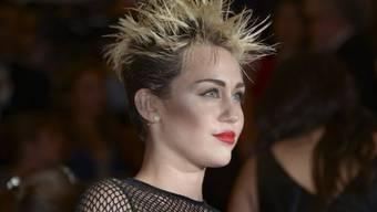 Maxim wählte Miley Cyrus zur Sexiest Woman