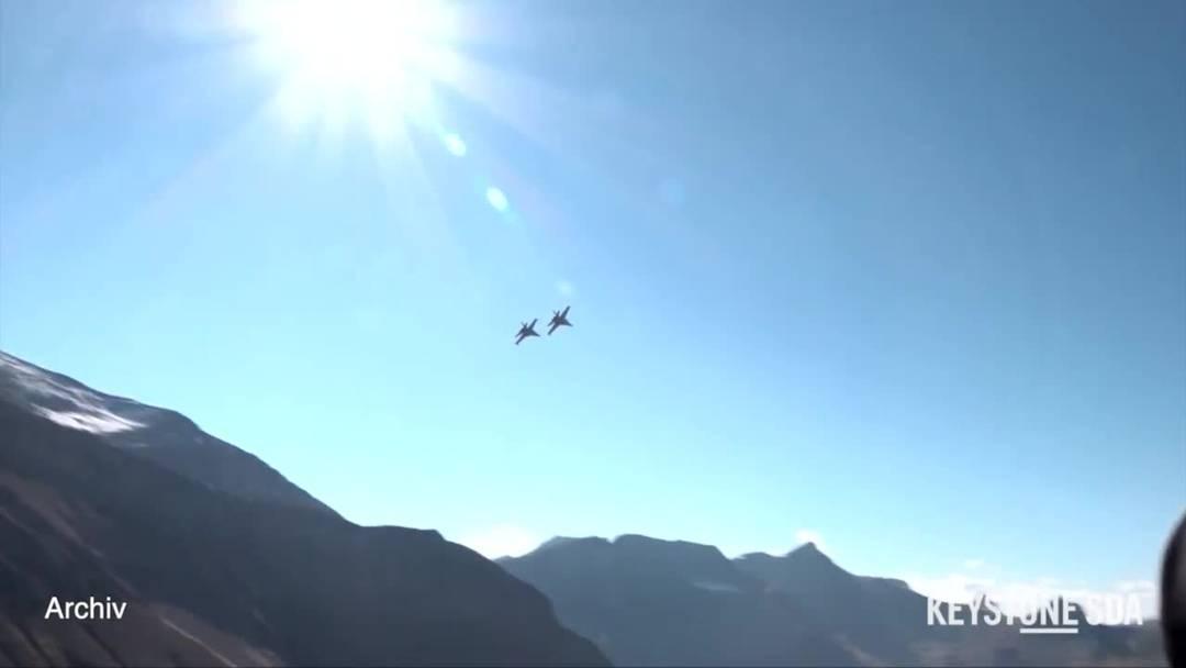 Luftwaffe testet Kampfjets - doch selber fliegen werden die Schweizer nicht