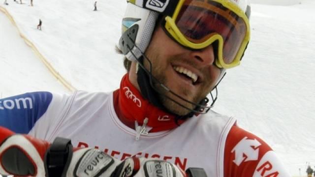 Markus Vogel freut sich über den Slalomtitel
