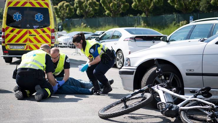 Die Zahl der schweren Unfälle bei E-Bike-Fahrern ist im Vergleich zum Vorjahr gestiegen (Symbolbild).