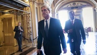 Sonderermittler Robert Mueller möchte offenbar US-Präsident Donald Trump befragen (Archiv)