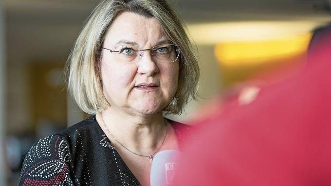 «Wenn diese Kontaktpersonen weiterhin in Quarantäne gehen, können medizinischen und pflegerischen Leistungen nicht mehr aufrechterhalten werden», betont Hummel.