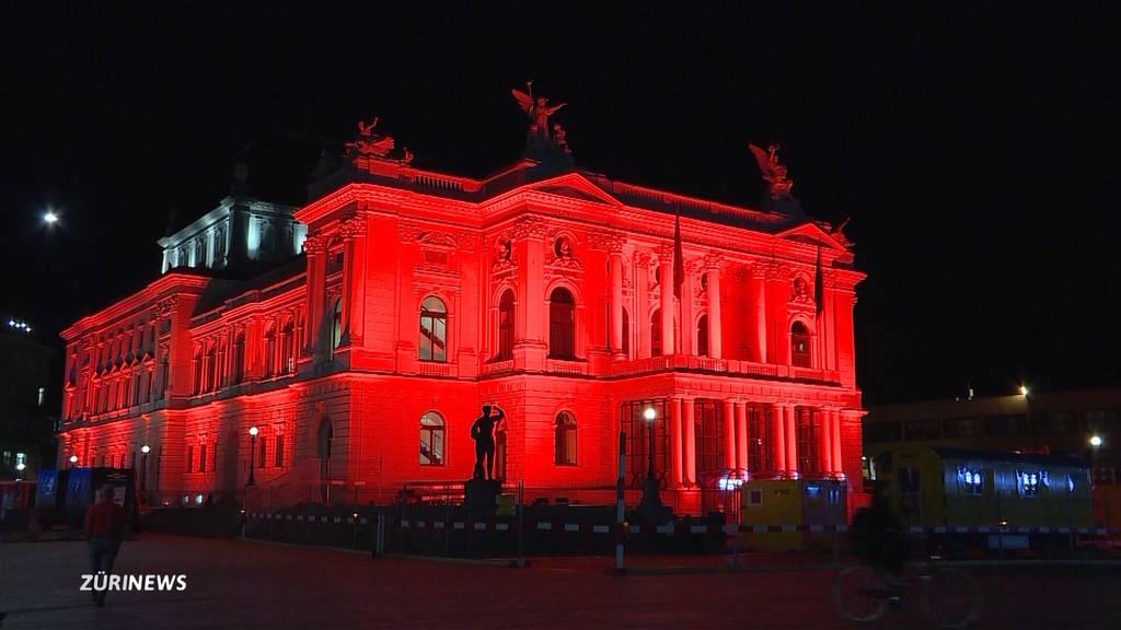 Night of Light: Rote Lichter als Mahnmal der Veranstaltungs-Branche