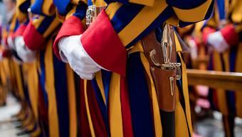 23 neue Schweizergardisten haben im Vatikan ihren Eid geleistet. (Themenbild)