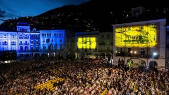 Die Leitung des Filmfestivals von Locarno hat zum Abschluss der Veranstaltung eine positive Bilanz gezogen, auch wenn das Freiluftkino auf der Piazza wegen der Corona-Krise für einmal nicht stattgefunden hat. (Archivbild)