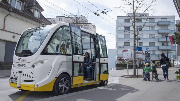 Der selbstfahrende Bus Trapizio ist seit einem Jahr in Schaffhausen im Einsatz. Für die BLT hat er Vorbildfunktion.