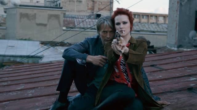 """Mads Mikkelsen und Evan Rachel Wood im Film """"Charlie Countryman"""""""