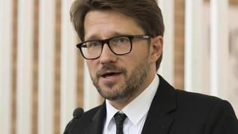Andrew Holland sprach im Mai 2016 bei der Eröffnung des Schweizer Pavillons an der 15. Architekturbiennale von Venedig