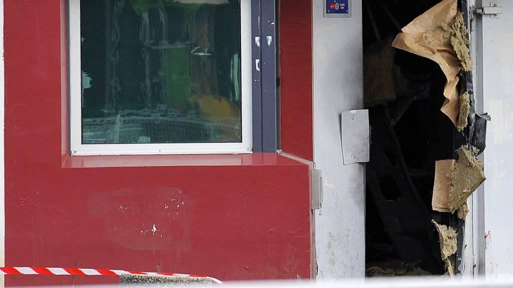 Rédoine Faïd hatte bereits im April 2013 mit einer spektakulären Flucht aus einem Gefängnis in Nordfrankreich von sich reden gemacht. (Archivbild)