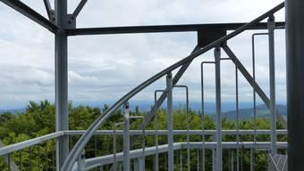 Der Aussichtsturm auf dem Wisenberg ist für Besucher wieder zugänglich.