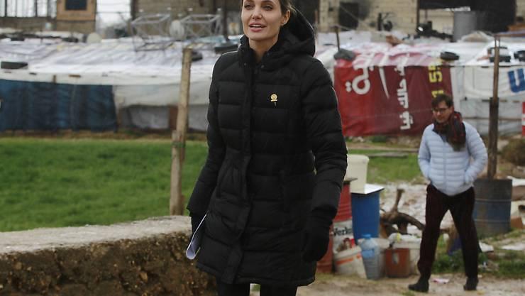 Angelina Jolie in einem Flüchtlingslager in Libanon: Die US-Schauspielerin wird Gastprofessorin in London.