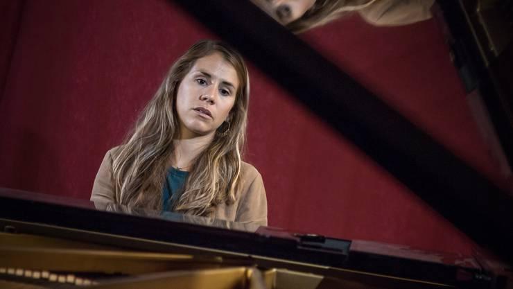 Eliane Müller im Soundfarm-Studio in Obernau.