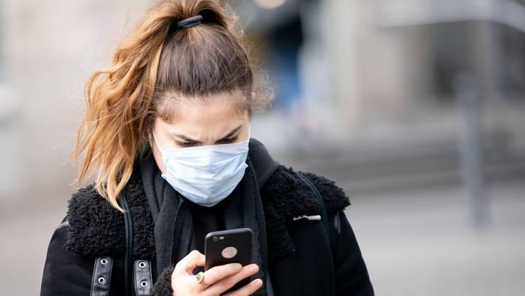 Die App zeigt, ob man in Kontakt mit Virenträgern gekommen ist.