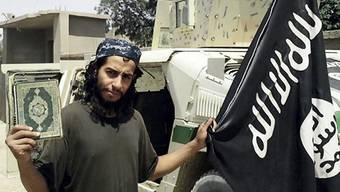 """Abdelhamid Abaaoud in einer undatierten Aufnahme des englischsprachigen Magazins """"Dabiq"""" der sunnitischen Terrorfanatiker des so genannten Islamischen Staates (IS)."""