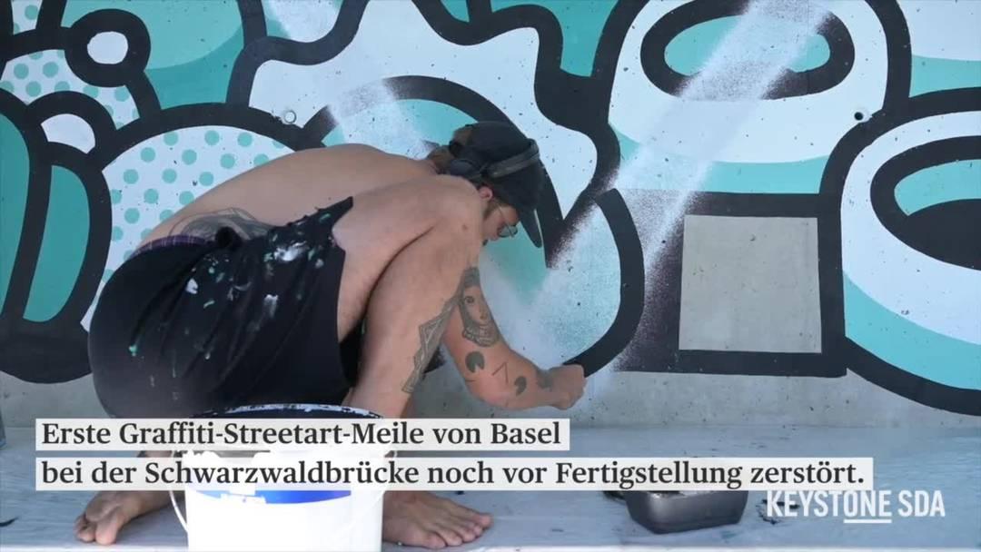 Staatliche Basler Streetart-Meile im Sprühnebel wilder Sprayer