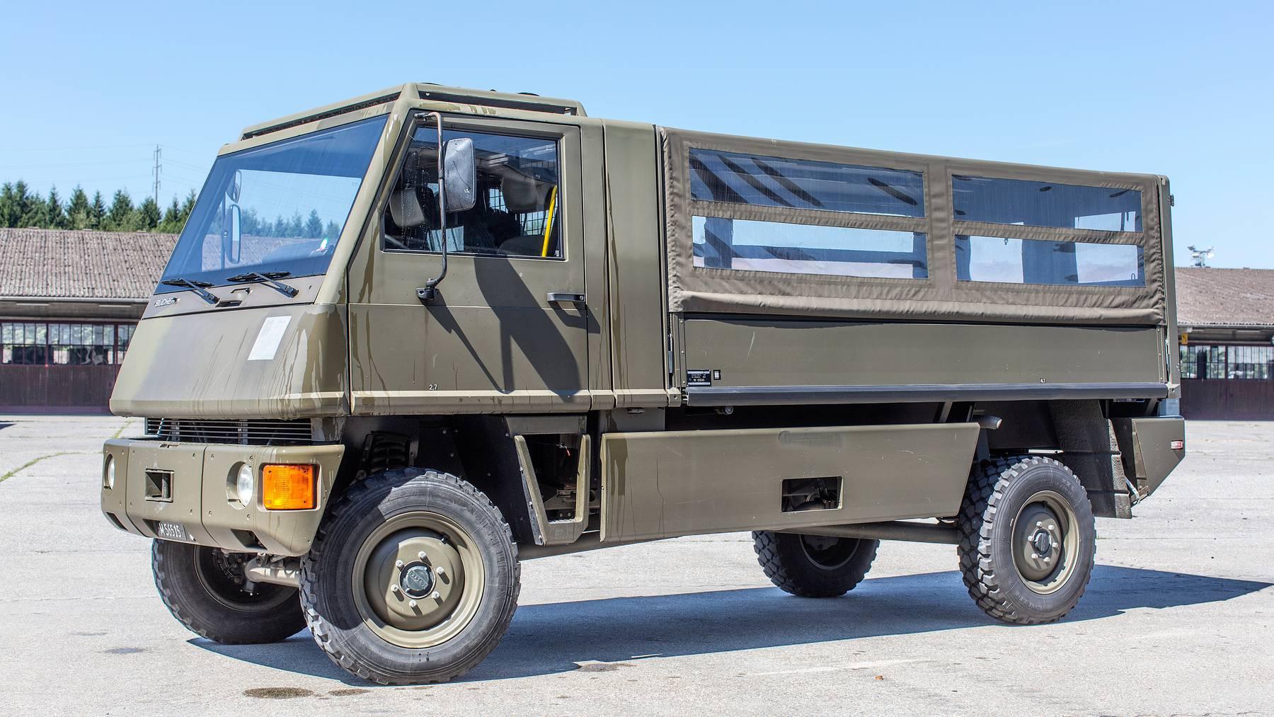 Erhält einen umweltfreundlicheren Motor: Der Mannaschaftstransporter Duro der Armee.