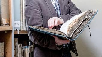 Zumindest das Verzeichnis des Stadtarchivs ist online, was die Suche nach alten Dokumenten sicher um einiges vereinfacht.