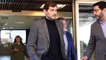 Iker Casillas (links) sprach über seinen Herzinfarkt