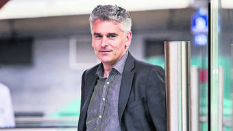 Der Berner Jurist Ueli Stückelberger (49) ist Direktor des Verbands öffentlicher Verkehr (VöV), in dem alle öffentlichen Transportunternehmen der Schweiz zusammengeschlossen sind.