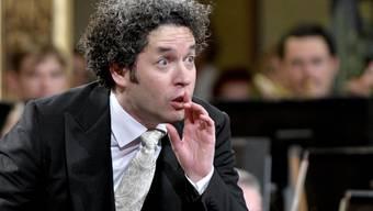 Der 37-jährige Dirigent Gustavo Dudamel soll einen Hollywood-Stern bekommen. (Archivbild)
