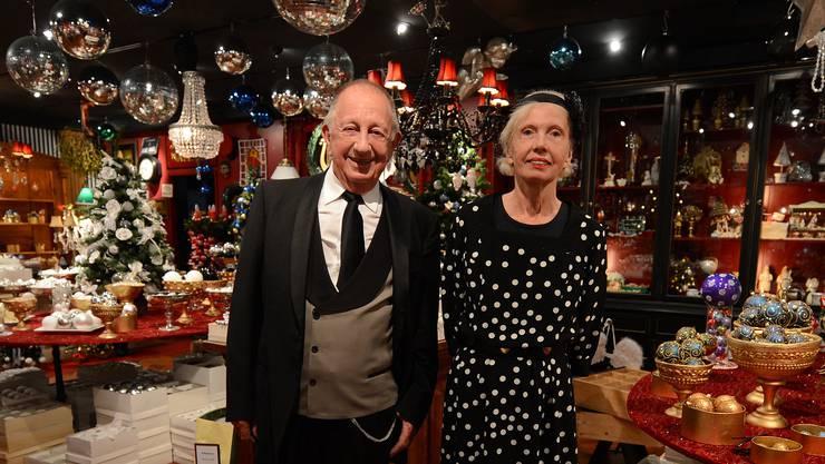 Johann Wanner und seine Ehefrau Ursina in ihrer Weihnachtsstube.  BZ-Archiv