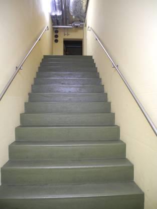 Die Treppe in den Luftschutzkeller.