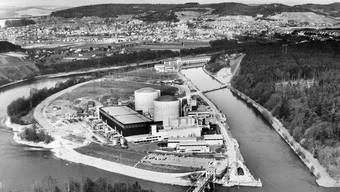 Atomkraftwerk Beznau in Döttingen AG, 1975: Nur zwei Kilometer entfernt war 1970 ein Flugzeug abgestürzt.