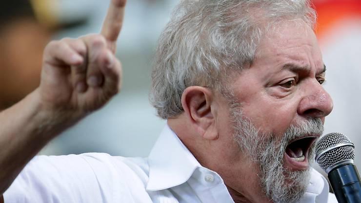Wegen Korruption sitzt der frühere brasilianische Ex-Präsident Luiz Inacio Lula da Silva seit April im Gefängnis.