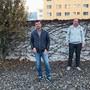Sie sammelten 294 Unterschriften gegen das Projekt «Erweiterung Schulhaus» und brachten das Thema so an die Urne: Gary Stutz, James Gurtner und René Wetzstein (von links, fürs Foto ohne Maske).