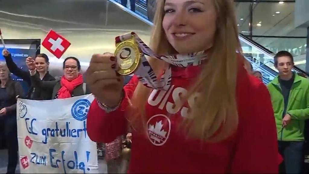 Grosser Bahnhof am Flughafen für Aarauer Curling-Heldinnen