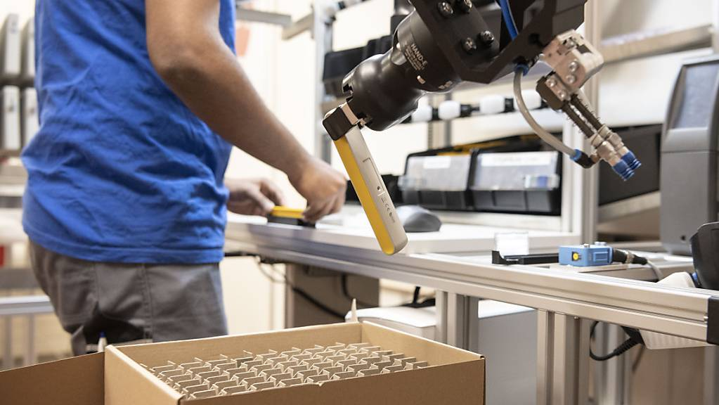 Die Erholung der Schweizer Industrie setzt sich gemäss dem Einkaufsmanagerindex PMI fort und gewinnt an Breite. (Themenbild)