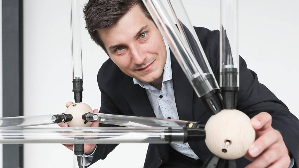 Die Beiträge von Jan Brütting zur Wiederverwendung von Baumaterialien werden von Praktikern und Forschern sehr gut aufgenommen. Im vergangenen Jahr erhielt er den Hangai-Preis der International Association for Shell and Spatial Structures. (Bild EPFL)