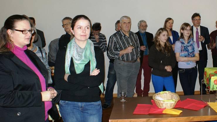 Die Zuhörer lauschten am Dreikönigs-Apéro den Worten von Gemeindeammann Brunette Lüscher. Fotos: ach